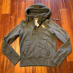 Abercrombie & Fitch men Pull Over jacket size S